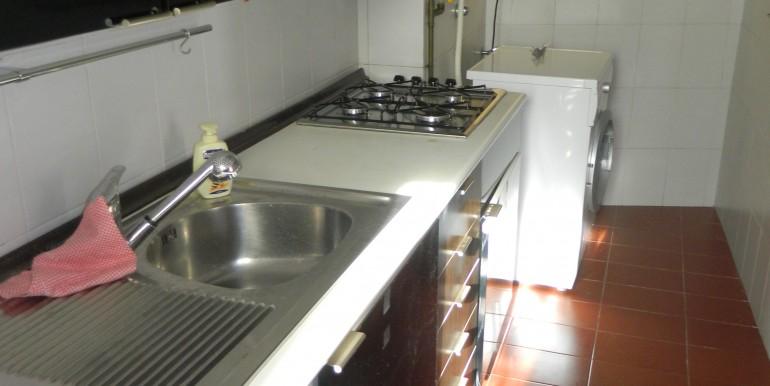 2a.Laveno bilocale affitto angolo cucina