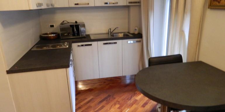 Monolocale laveno affitto ang.cottura 10